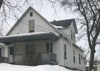 Pre Foreclosure in Grand Rapids 49503 LYDIA ST NE - Property ID: 1575724618
