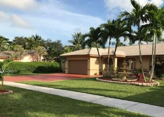 Pre Foreclosure in Miami 33177 SW 205TH ST - Property ID: 1575765345