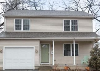 Pre Foreclosure in Chicopee 01013 CONRAD ST - Property ID: 1575846816