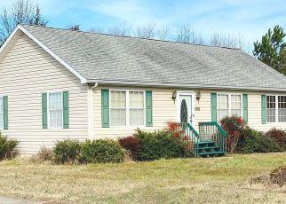 Pre Foreclosure in Greensboro 21639 N SCHOOL ST - Property ID: 1575902878