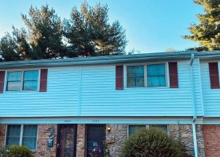 Pre Foreclosure in Jeffersonville 47130 WOODED WAY - Property ID: 1576100389