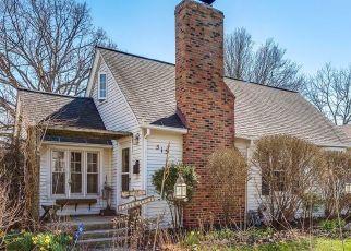 Pre Foreclosure in Elgin 60123 MORGAN ST - Property ID: 1576254565