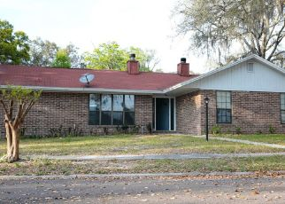 Pre Foreclosure in Jacksonville 32244 TREELINE CT - Property ID: 1576367561