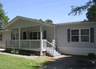 Pre Foreclosure in Elkhart 46514 LARK ST - Property ID: 1576506845