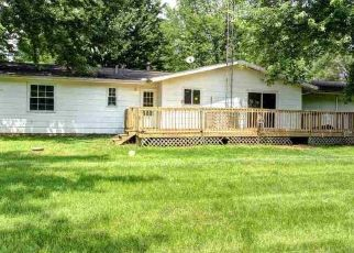 Pre Foreclosure in Middlebury 46540 COUNTY ROAD 10 - Property ID: 1576508138