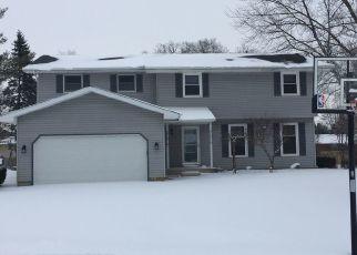Pre Foreclosure in Elkhart 46516 OAKWOOD CT - Property ID: 1576549308
