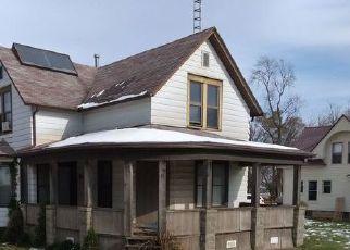 Pre Foreclosure in Topeka 46571 W LAKE ST - Property ID: 1576586541