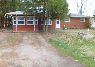 Pre Foreclosure in Cromwell 46732 E DOSWELL BLVD - Property ID: 1576589164