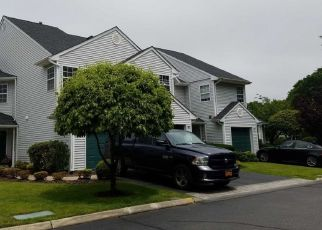 Pre Foreclosure in Hauppauge 11788 PLANTATION DR - Property ID: 1577042923