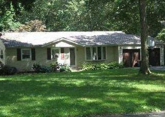 Pre Foreclosure in Hauppauge 11788 LINCOLN BLVD - Property ID: 1577087588