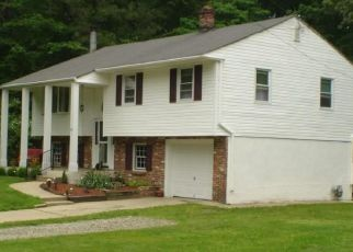 Pre Foreclosure in Gibbsboro 08026 HOLLY RD - Property ID: 1577289492