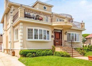 Pre Foreclosure in Rockaway Park 11694 BEACH 144TH ST - Property ID: 1577691103