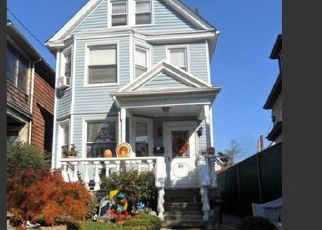 Pre Foreclosure in Staten Island 10302 ALBION PL - Property ID: 1577909218