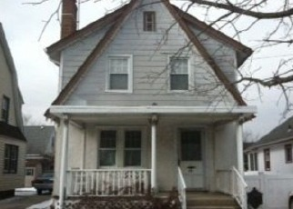 Pre Foreclosure in Floral Park 11001 LANDAU AVE - Property ID: 1578107629