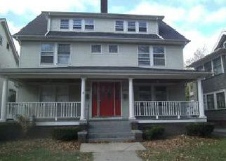Pre Foreclosure in Cleveland 44118 GLENMONT RD - Property ID: 1578124266