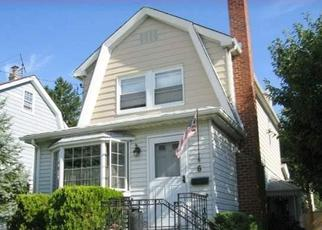 Pre Foreclosure in Valley Stream 11581 PERSHING AVE - Property ID: 1578990139