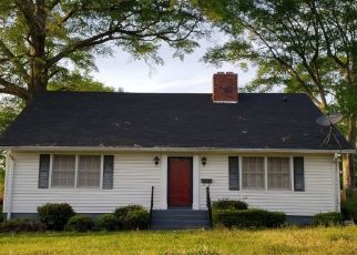 Pre Foreclosure in Valley 36854 30TH ST - Property ID: 1579600689