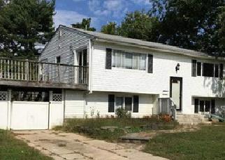 Pre Foreclosure in Islip 11751 WELDON ST - Property ID: 1579989608