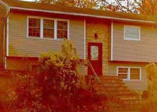 Pre Foreclosure in Islip Terrace 11752 CEDARWOOD ST - Property ID: 1582855710