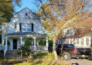 Pre Foreclosure in Woodmere 11598 JOHNSON PL - Property ID: 1584653138