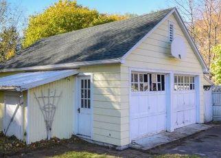 Pre Foreclosure in Farmington 14425 HOOK RD - Property ID: 1585386763