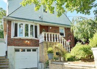 Pre Foreclosure in Staten Island 10305 CEDAR AVE - Property ID: 1585558886