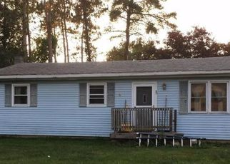 Pre Foreclosure in Niverville 12130 RICHARD LN - Property ID: 1585661812