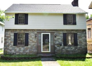 Pre Foreclosure in Canandaigua 14424 GIBSON ST - Property ID: 1586199638