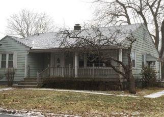 Pre Foreclosure in Monticello 12701 MADELINE LN - Property ID: 1586391917