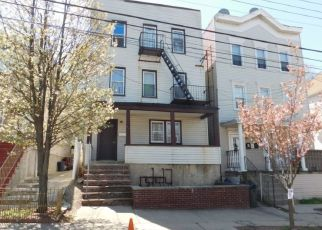 Pre Foreclosure in Staten Island 10301 TAFT AVE - Property ID: 1586506209