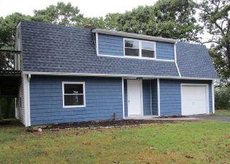 Pre Foreclosure in Farmingville 11738 LEHIGH LN - Property ID: 1587530645