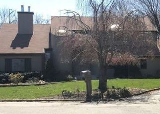 Pre Foreclosure in Greenlawn 11740 DOHNE CT - Property ID: 1587816188