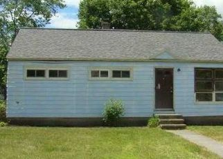 Pre Foreclosure in South Glens Falls 12803 MOUNTAIN VIEW DR - Property ID: 1588064533