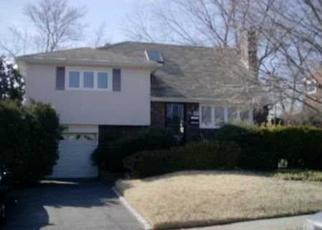 Pre Foreclosure in Massapequa 11758 ANN ROSE ST - Property ID: 1588085553