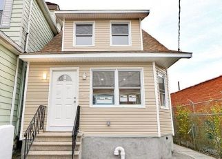 Pre Foreclosure in Bronx 10461 PAULDING AVE - Property ID: 1588119724