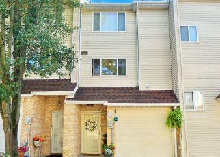 Pre Foreclosure in Staten Island 10309 ASHLEY LN - Property ID: 1588314616
