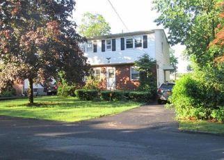 Pre Foreclosure in Suffern 10901 TERRACE AVE - Property ID: 1588385568
