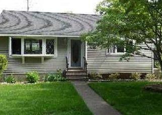 Pre Foreclosure in Centerport 11721 WASHINGTON DR - Property ID: 1588727626