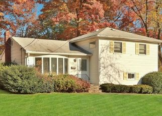 Pre Foreclosure in Nanuet 10954 POPLAR ST - Property ID: 1589083700