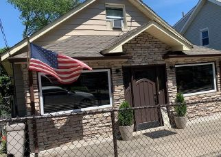 Pre Foreclosure in Staten Island 10305 HOME AVE - Property ID: 1589458602