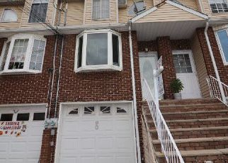 Pre Foreclosure in Staten Island 10304 N RAILROAD AVE - Property ID: 1589562404