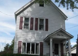 Pre Foreclosure in Gloversville 12078 PEARL ST - Property ID: 1589823881