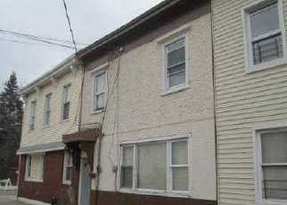 Pre Foreclosure in Ozone Park 11416 95TH AVE - Property ID: 1590135266