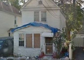 Pre Foreclosure in South Richmond Hill 11419 135TH ST - Property ID: 1590196136