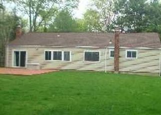 Pre Foreclosure in Huntington Station 11746 SHOREHAM DR W - Property ID: 1590450165