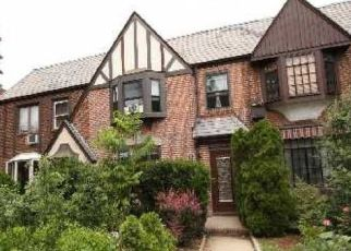 Pre Foreclosure in Forest Hills 11375 GROTON ST - Property ID: 1590510616