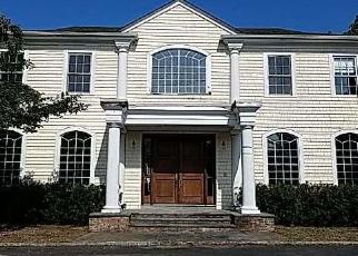 Pre Foreclosure in Cold Spring Harbor 11724 WOODBURY RD - Property ID: 1590764190