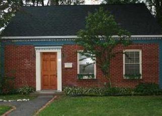 Pre Foreclosure in Goshen 10924 WICKHAM AVE - Property ID: 1590950337