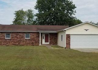 Pre Foreclosure in Mount Vernon 62864 E NOLAN RD - Property ID: 1591597670