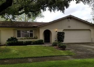 Pre Foreclosure in Tampa 33615 HINSDALE DR - Property ID: 1591699719